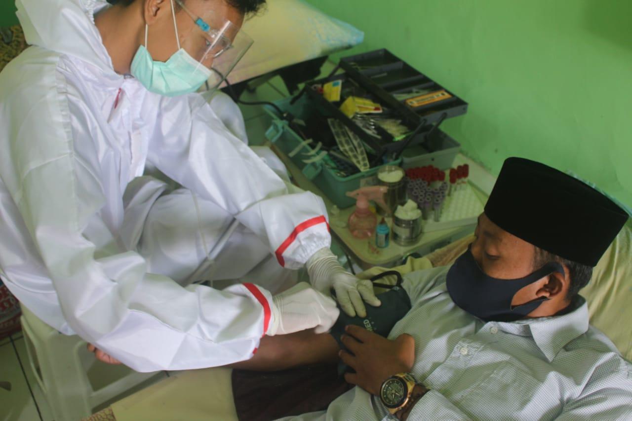Kirap dan Donor Darah; Cara Pengurus IPNU-IPPNU Blado Perkuat Hubungan Antar Ranting