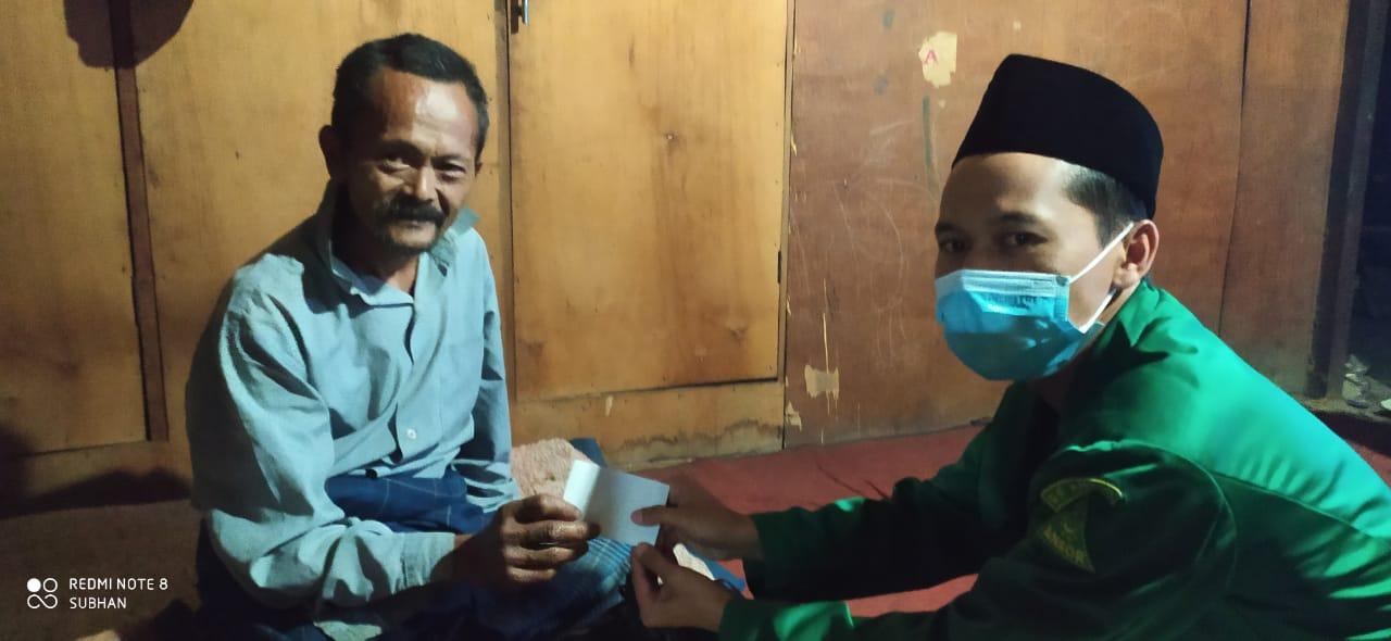 Melalui Program Senyum Ramadhan, Ansor Sidoharjo Bagikan Sembako Kepada Yatim Piatu dan Duafa