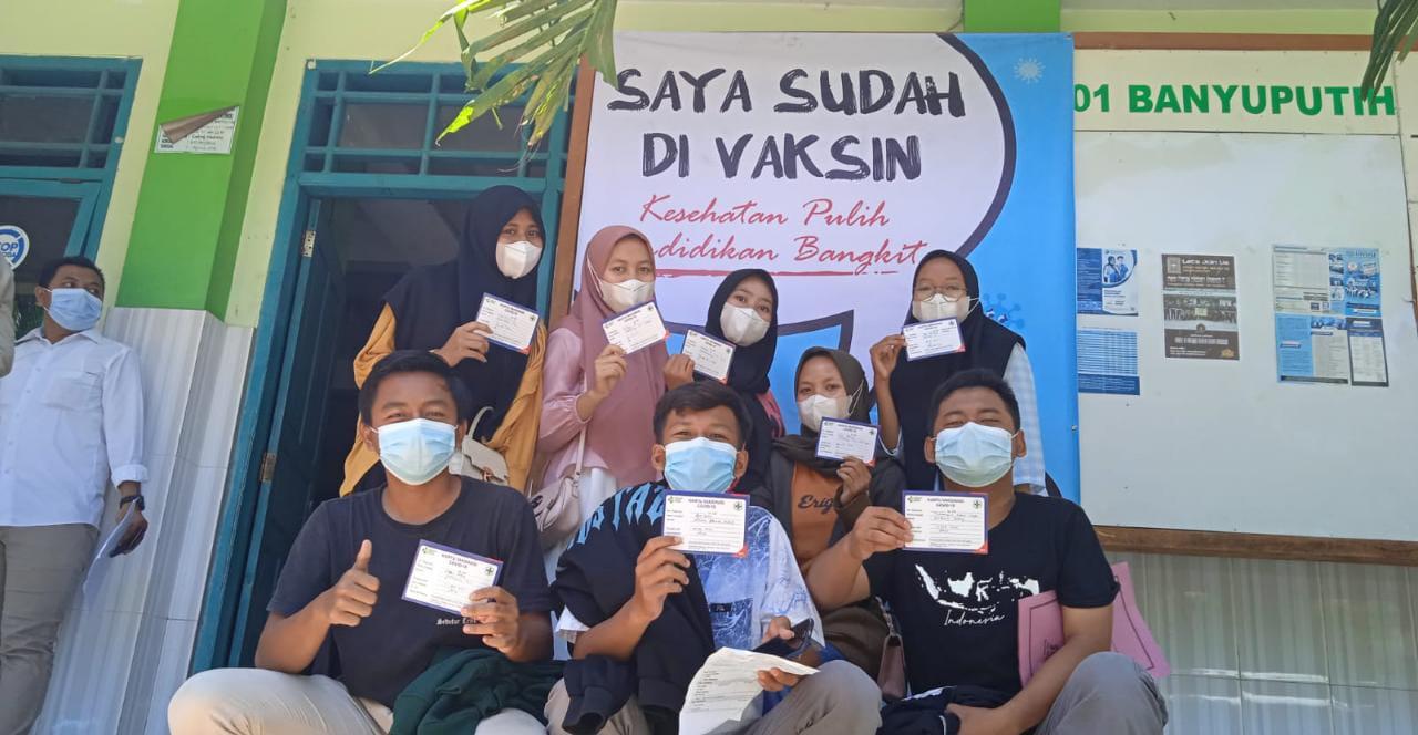 Persiapan Pembelajaran Tatap Muka, MA NU 01 Banyuputih Laksanakan Vaksinasi Dosis Satu Bagi Siswa & Siswi